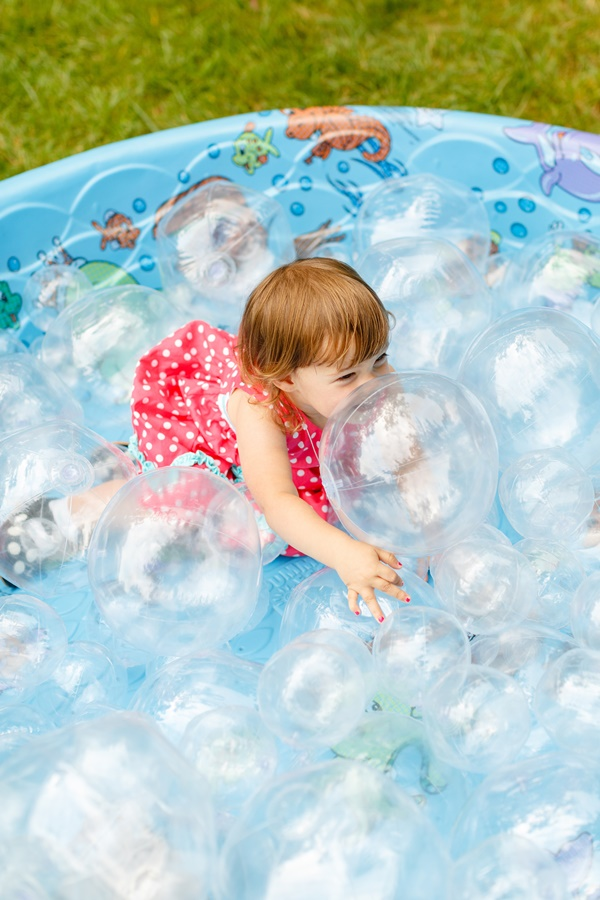 12 Stephen Gosling Bellwether Events 2nd Second Birthday Bubbles Brunch ball pit DIY