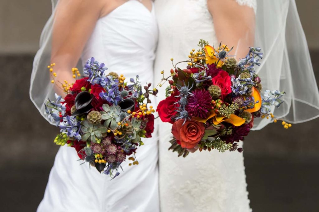 Colorful, stunning, autumnal bridal bouquets