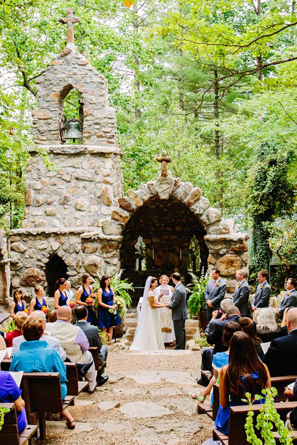 Virginia Destination Wedding Shrine Mont by top wedding planner Bellwether Events 13