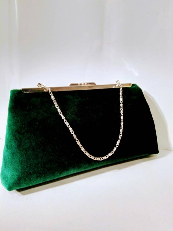 emerald royal wedding idea - velvet clutch
