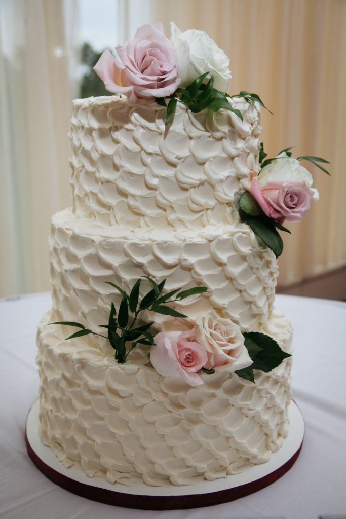 Fort Belvoir Officers Club wedding - wedding cake - white buttercream