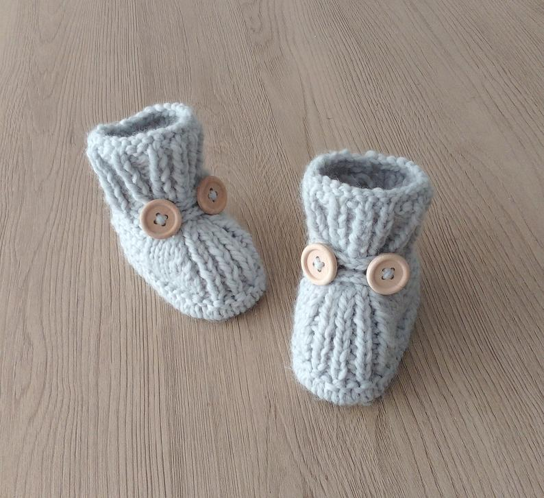 gift for kids - knit baby booties